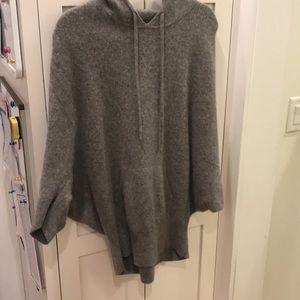 Gorgeous Vince Cashmere hooded sweater